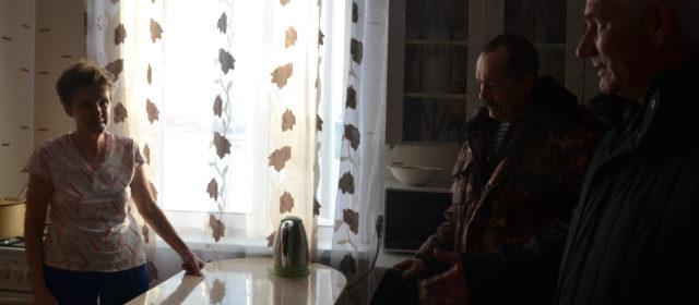 Из расселяемой Усть-Косы выехала первая семья