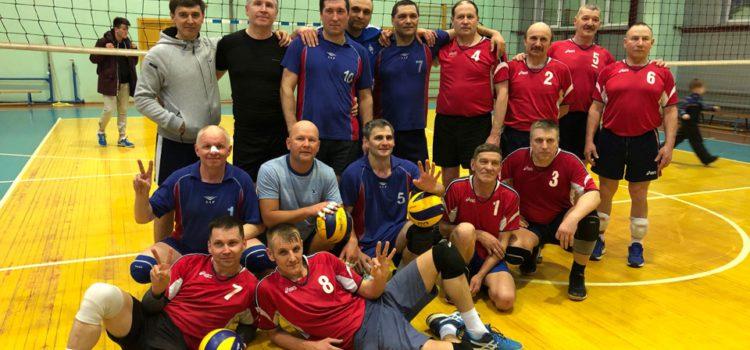 Кудымкарские ветераны волейбола заняли первое место в региональных соревнованиях