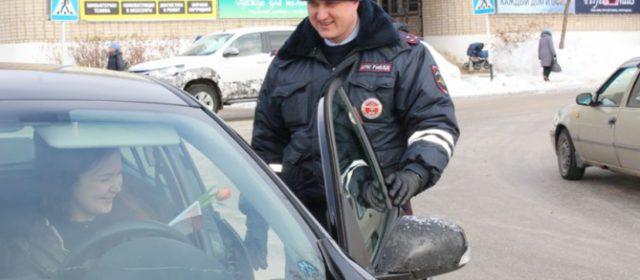 Женщинам-водителям в Кудымкаре 8 марта будут дарить тюльпаны