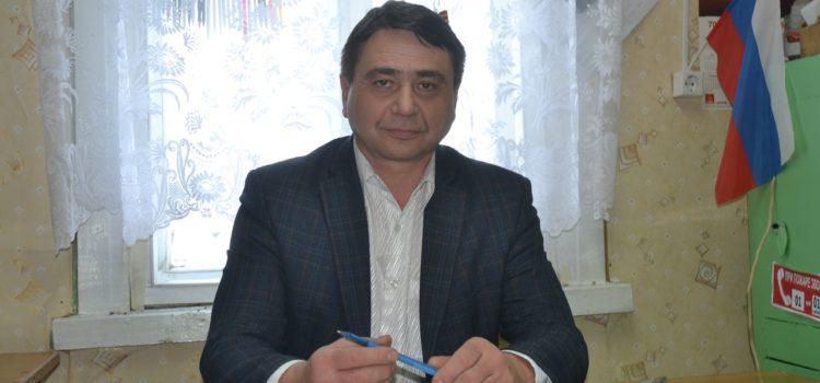 Глава Кочевского района надеется, что подрядчик уберёт развалины и построит рухнувший в Усть-Силайке спортзал заново