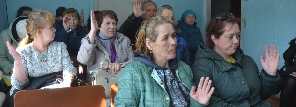 Жители поселка в Юрлинском районе борются за школу
