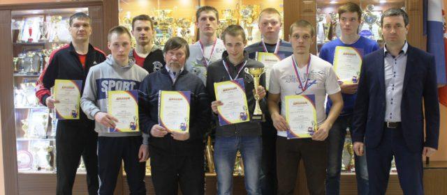 Кудымкарские гиревики выиграли краевые командные соревнования