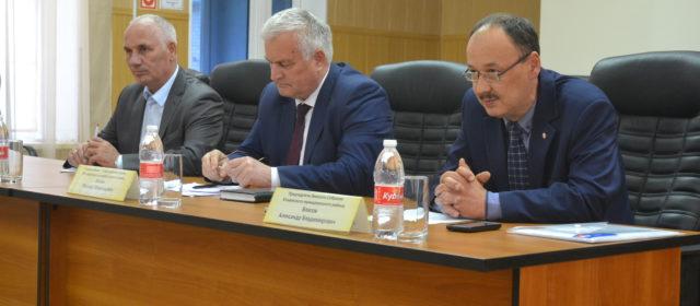 Михаил Евсин не будет переизбираться главой?