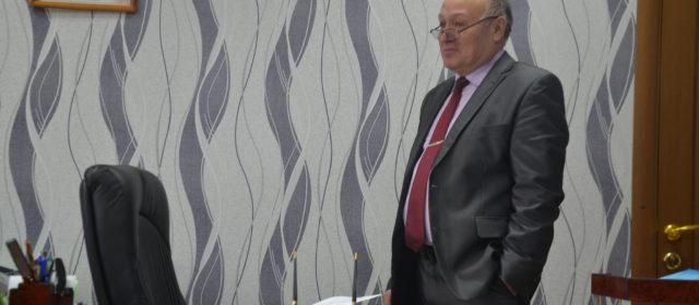 Евгений Анфалов уходит с поста главы?