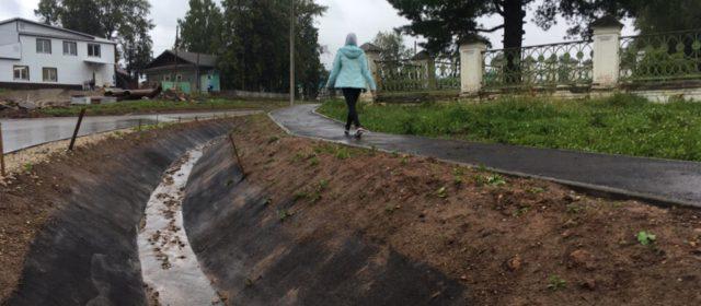«А не жирно ли Пожве?» Поселок в Юсьвинском районе благоустраивают круче, чем Кудымкар