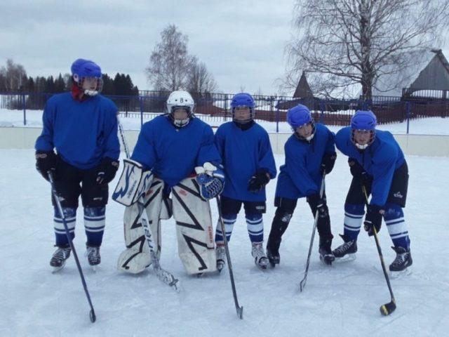 Юрла хоккей