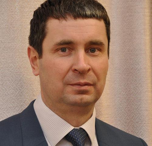 Олег Ведерников