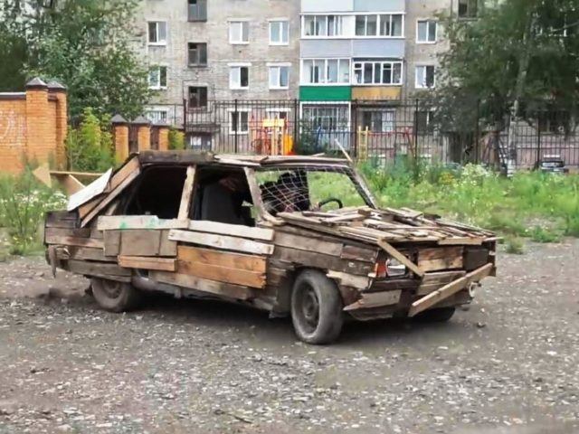Деревомобиль
